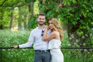 Leeds wedding photographer in Roundhay Park